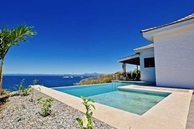 Casa Serenity Villa  2 master bed