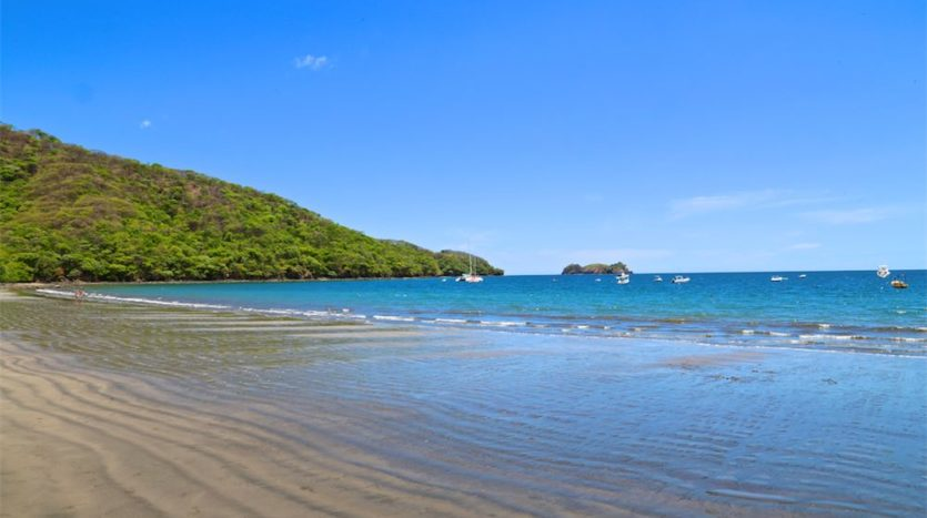 5 Lots in Playa Hermosa